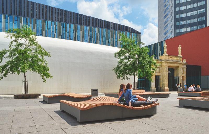 Bankmodelle Mobile Sitzelemente Für Den Innenhof Der Universität